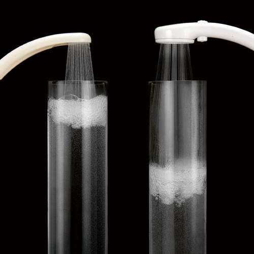 従来のシャワーヘッドに比べ、50%の節水