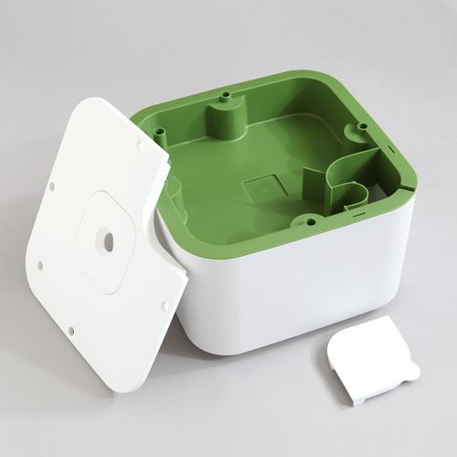 栽培槽、液肥タンク、外カバーをセットした基本の組み立て図です
