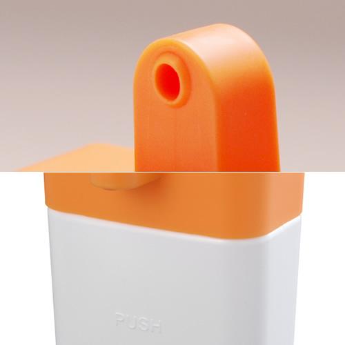 「PUSH」部分を押すと洗剤が出ます