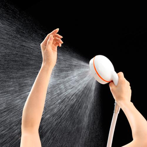 ドレナージュモードは垂直扇状の水流で、カラダに滞っているものをハケで掃くように温めながら流します。